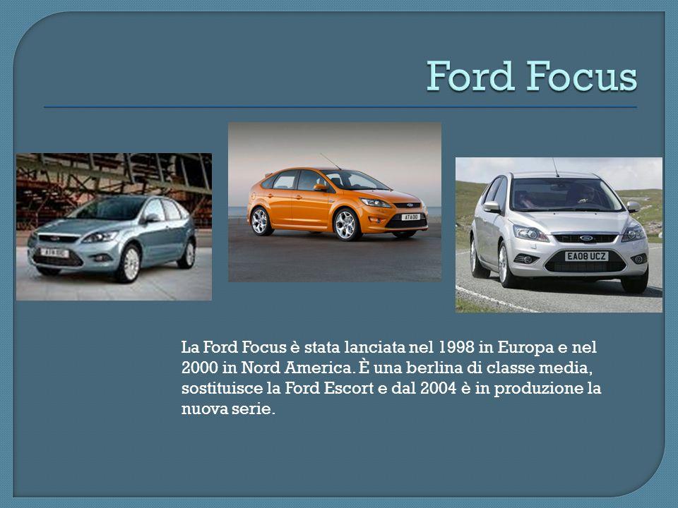 La Ford Focus è stata lanciata nel 1998 in Europa e nel 2000 in Nord America. È una berlina di classe media, sostituisce la Ford Escort e dal 2004 è i
