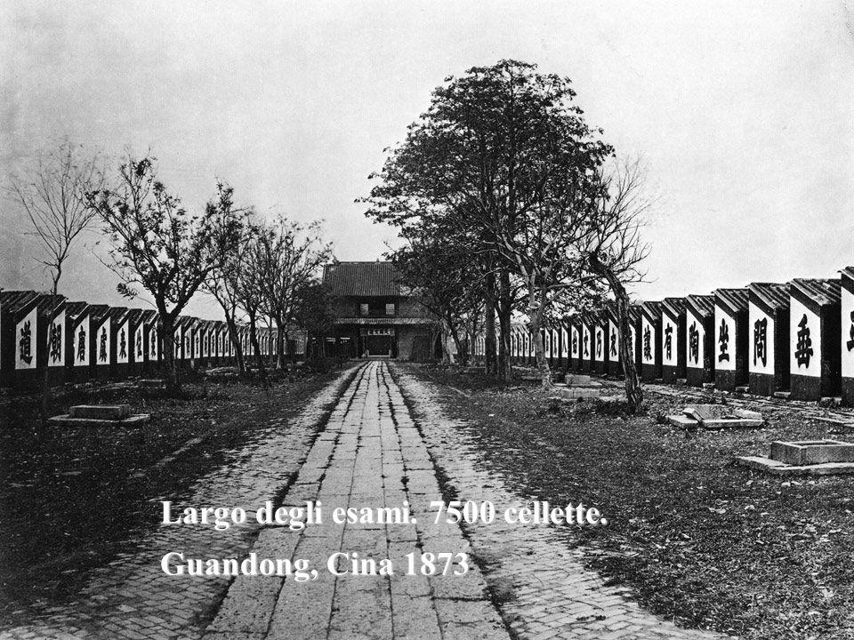 Largo degli esami. 7500 cellette. Guandong, Cina 1873