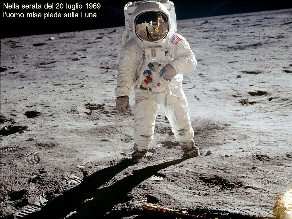 Lesplorazione ha confermato lassenza sulla Luna di acqua, di unatmosfera e di una qualsiasi forma di vita.