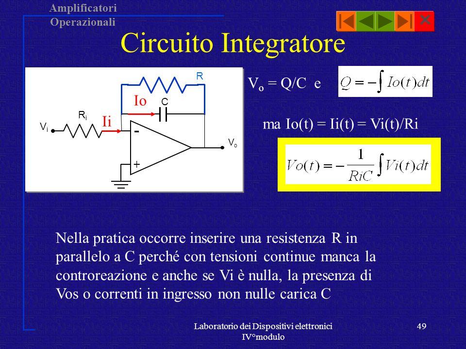 Amplificatori Operazionali Laboratorio dei Dispositivi elettronici IV°modulo 48 Amplificatore differenziale Per il principio di sovrapposizione degli effetti luscita V 0 è data dalla somma dei segnali V 01 e V 02: Nel caso R i1 = R i2 = R i e R 01 = R 02 = R 0 (Amplificatore bilanciato):