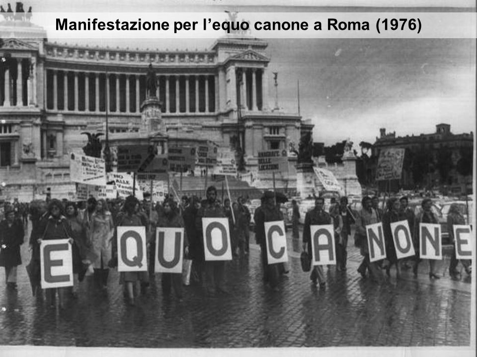 Manifestazione per lequo canone a Roma (1976)