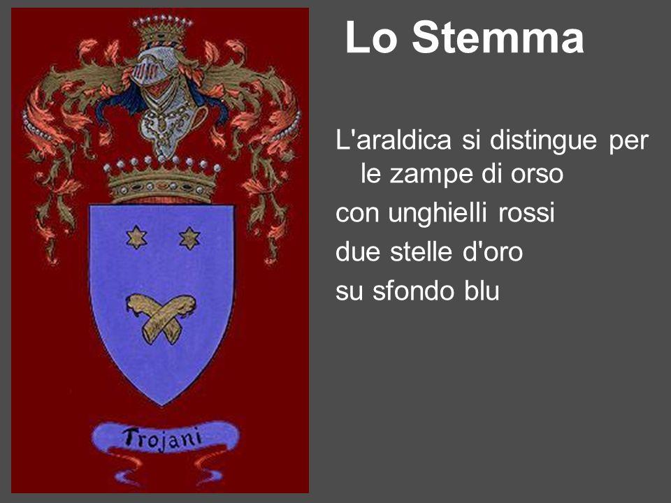 Lo Stemma L'araldica si distingue per le zampe di orso con unghielli rossi due stelle d'oro su sfondo blu
