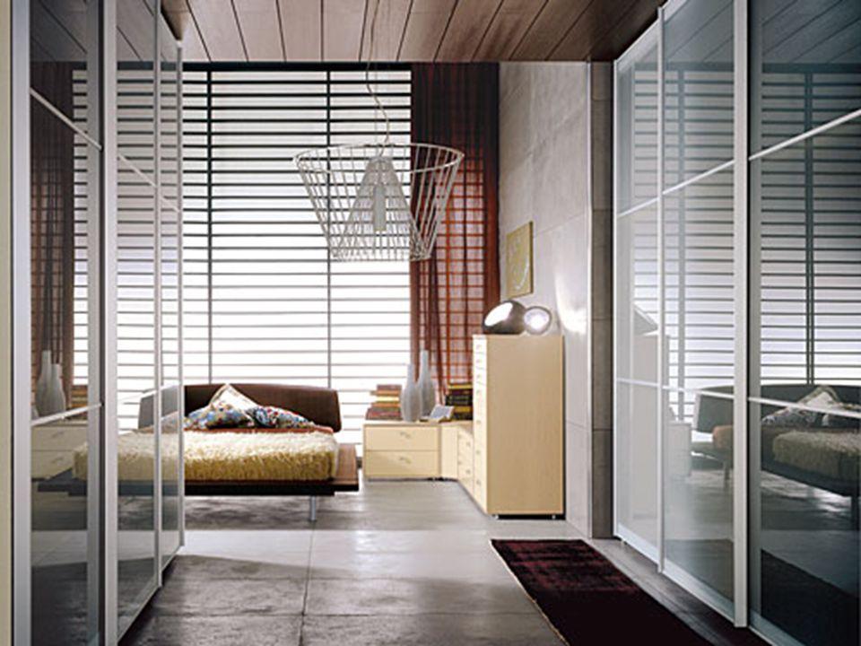 1 82 La camera deve essere arredata in modo semplice, indispensabile, a superfici lisce