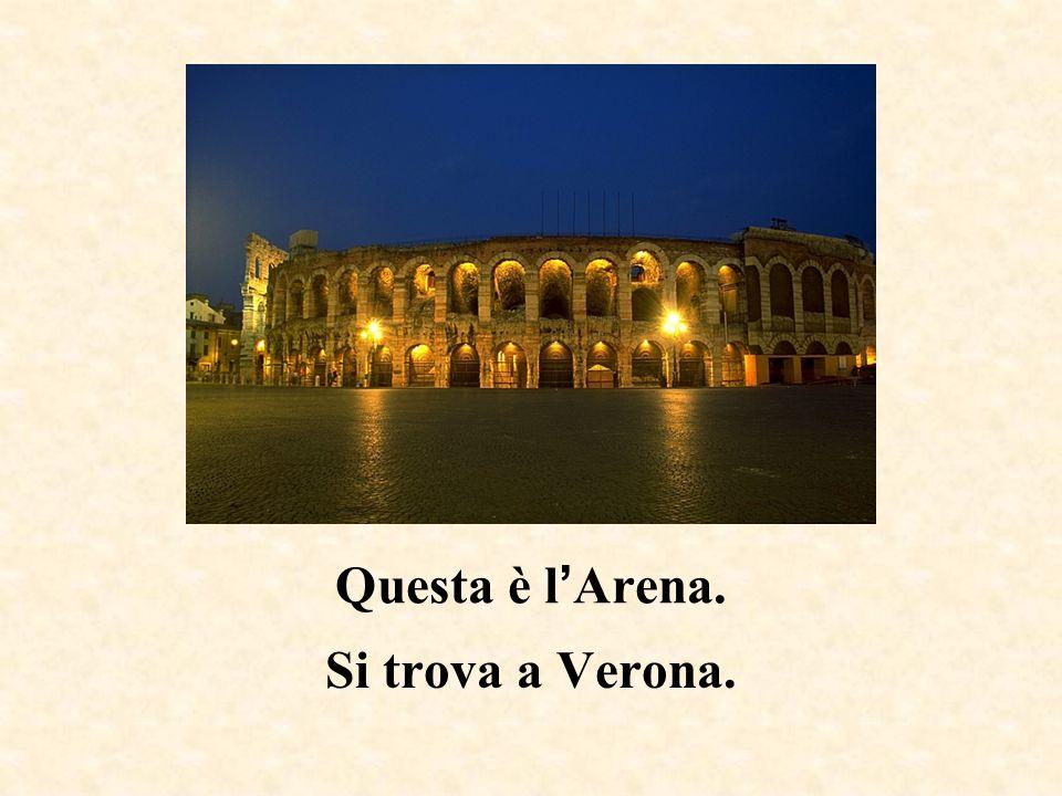 Questa è la Basilica di Sant Antonio. Si trova a Padova.