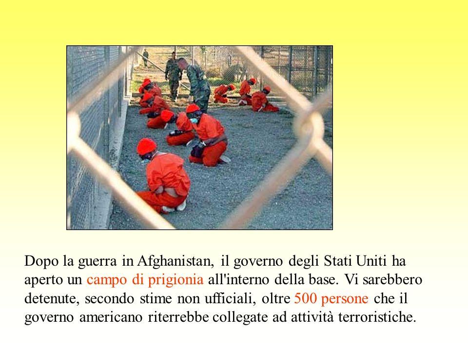 Dopo la guerra in Afghanistan, il governo degli Stati Uniti ha aperto un campo di prigionia all'interno della base. Vi sarebbero detenute, secondo sti