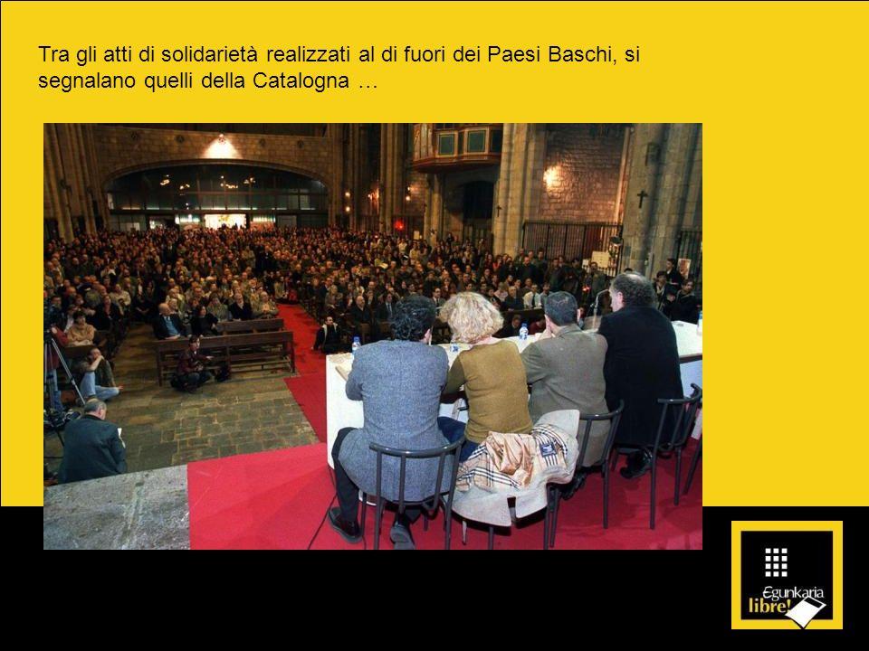 Tra gli atti di solidarietà realizzati al di fuori dei Paesi Baschi, si segnalano quelli della Catalogna … Immagine di un atto in favore di Egunkaria nella chiesa di Santa María del Pí di Barcellona il 10 marzo 2003.