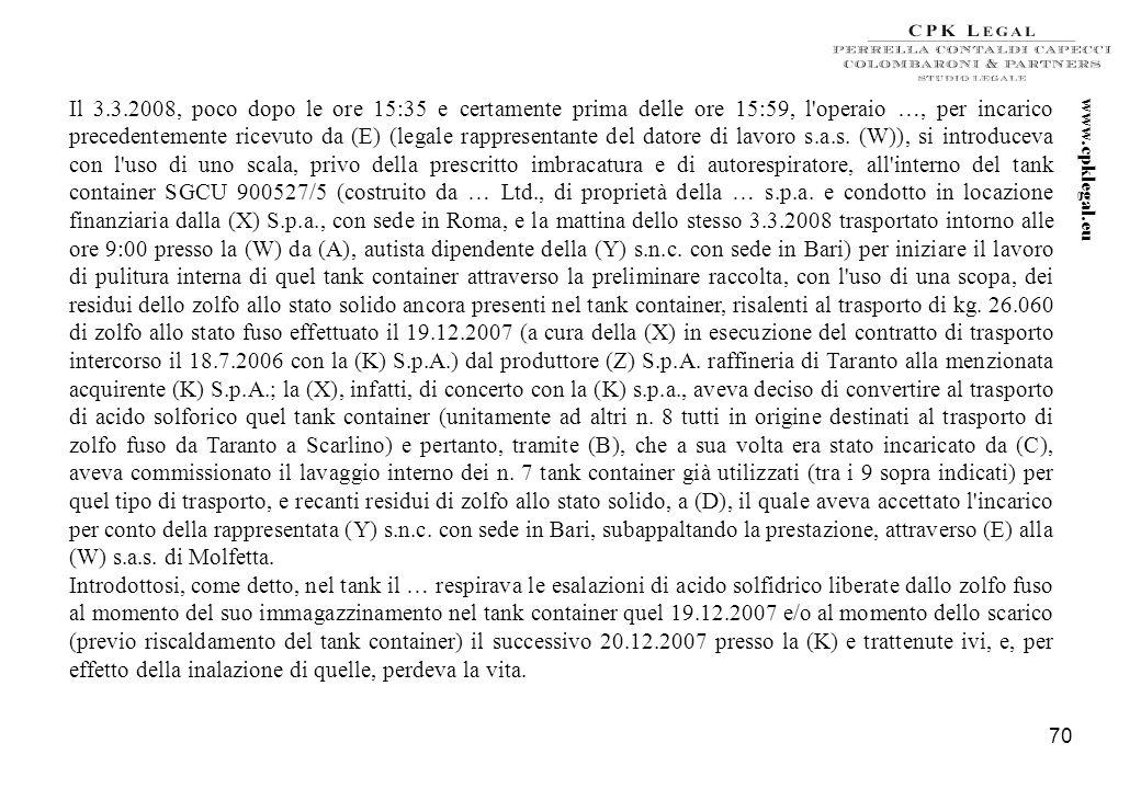 69 Sentenza del Tribunale di Trani – Sez. distaccata di Molfetta – del 26 ottobre 2009 ESTRATTO DELLA SENTENZA nei confronti di 1. (A) nato a … reside