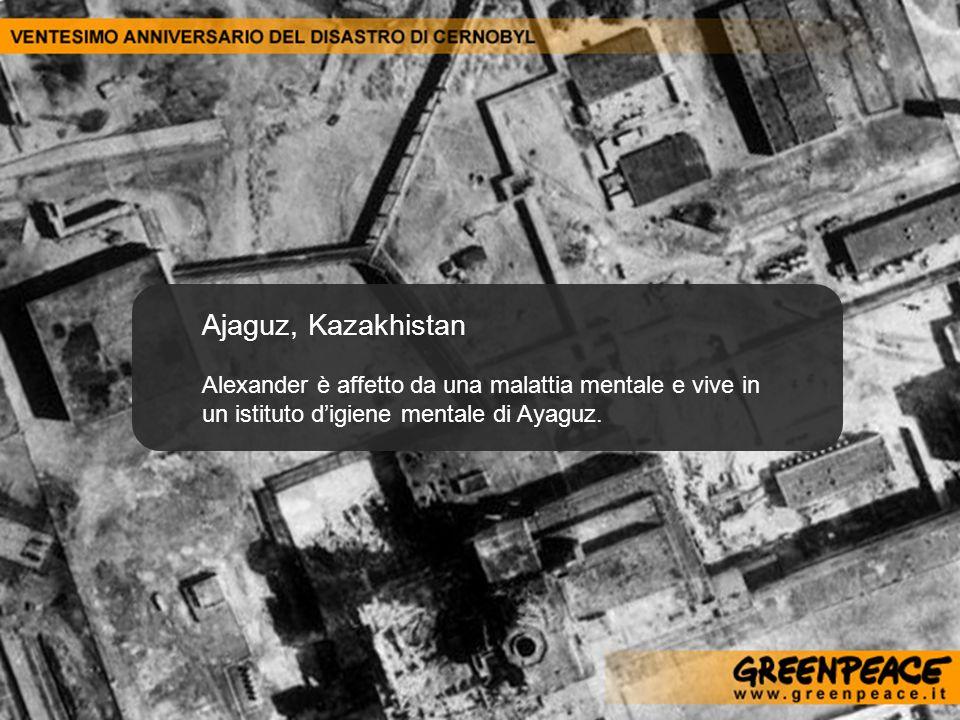 Ajaguz, Kazakhistan Alexander è affetto da una malattia mentale e vive in un istituto digiene mentale di Ayaguz.