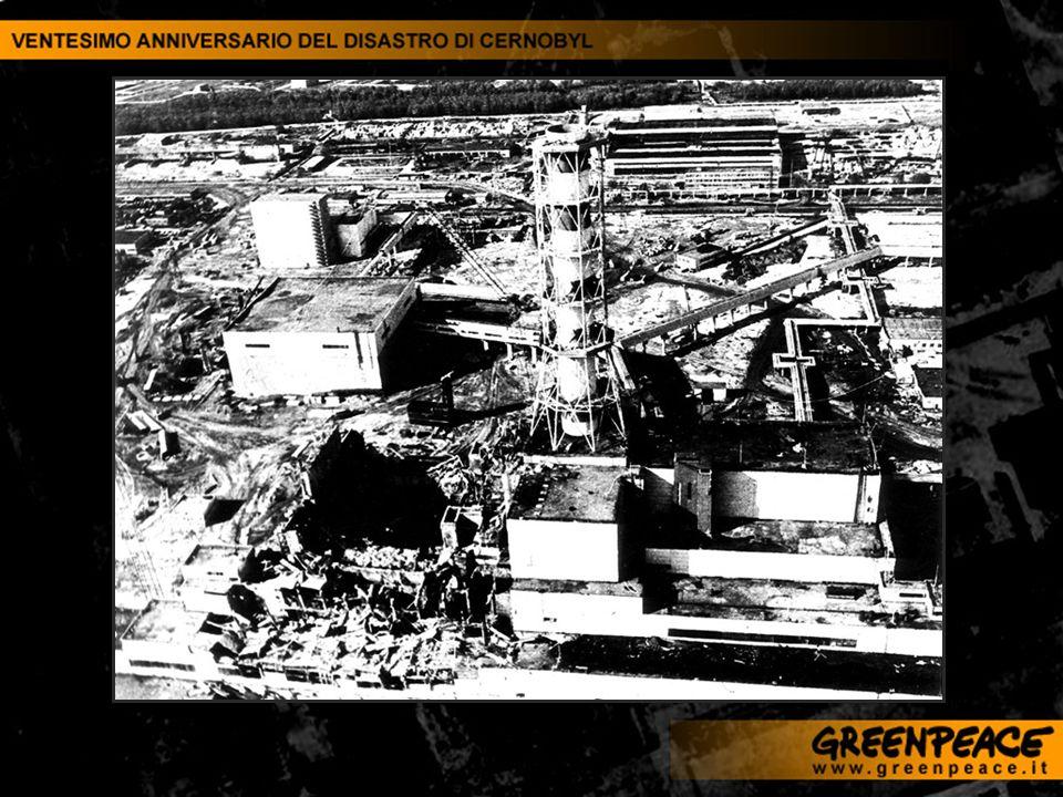 Il fotografo Robert Knoth, insieme alla giornalista Antoinette de Jong e in collaborazione con Greenpeace, ha realizzato quattro reportage fotografici in altrettante aree colpite da incidenti e contaminazioni nucleari dellex Unione Sovietica.