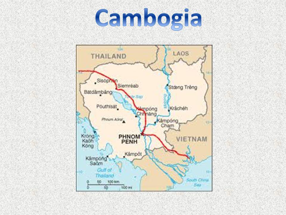Il 17 Aprile 1975 i Khmer Rossi guidati da Pol Pot prendono possesso della capitale, Phnom Penh, mettendo fine alla precedente Repubblica dei Khmer capeggiata dal generale Lon Nol (il quale, a sua volta, aveva rovesciato la monarchia di Re Sihanouk nel 1970).