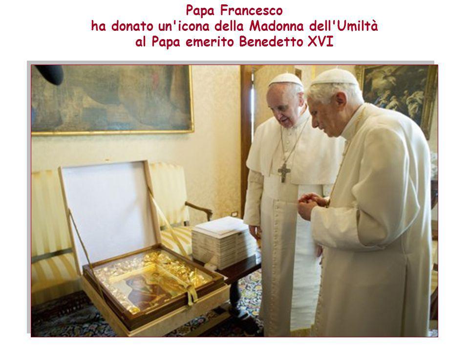 Da questo incontro è nato il desiderio di scoprire l'iconografia della Madonna dell'Umiltà. Il Power Point è elaborato da: Anna Lollo I testi e le imm