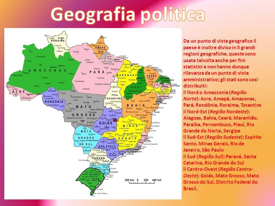 Da un punto di vista geografico il paese è inoltre diviso in 5 grandi regioni geografiche, queste sono usate talvolta anche per fini statistici e non