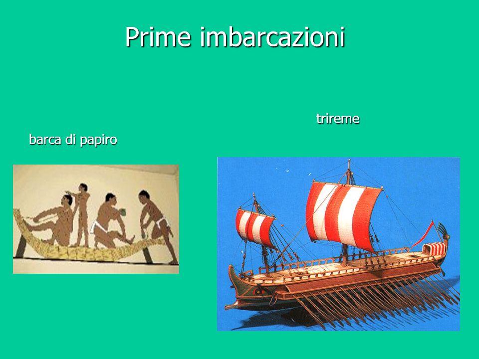 Prime imbarcazioni trireme barca di papiro
