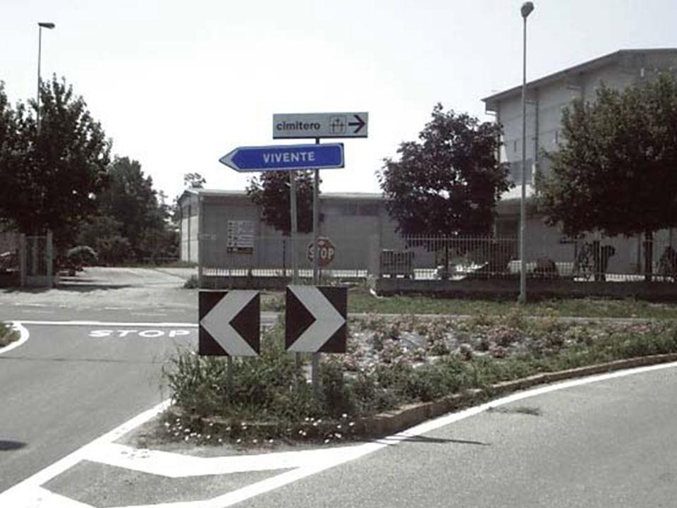 ... Confuso e incazzato sono ritornato in ITALIA, poi mi accorsi che anche qui…ve le studiate di notte vero? guardate questa FOTO e ditemi voi se lo f