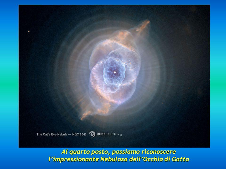 Al terzo posto appare la Nebulosa Eschimo NGC 2392 posta a 5000 anni-luce