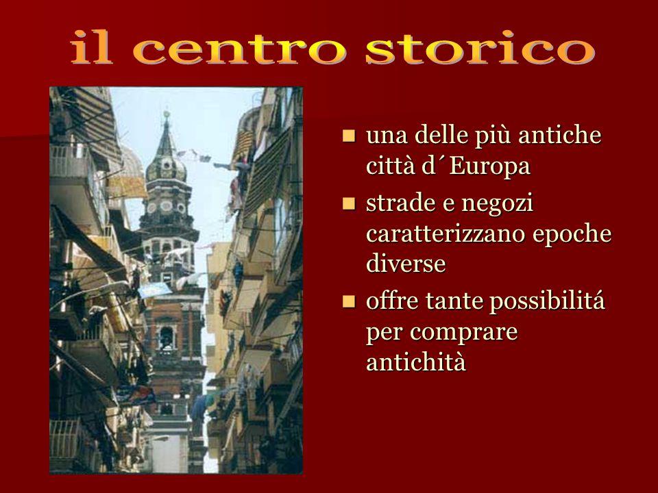 una delle più antiche città d´Europa una delle più antiche città d´Europa strade e negozi caratterizzano epoche diverse strade e negozi caratterizzano