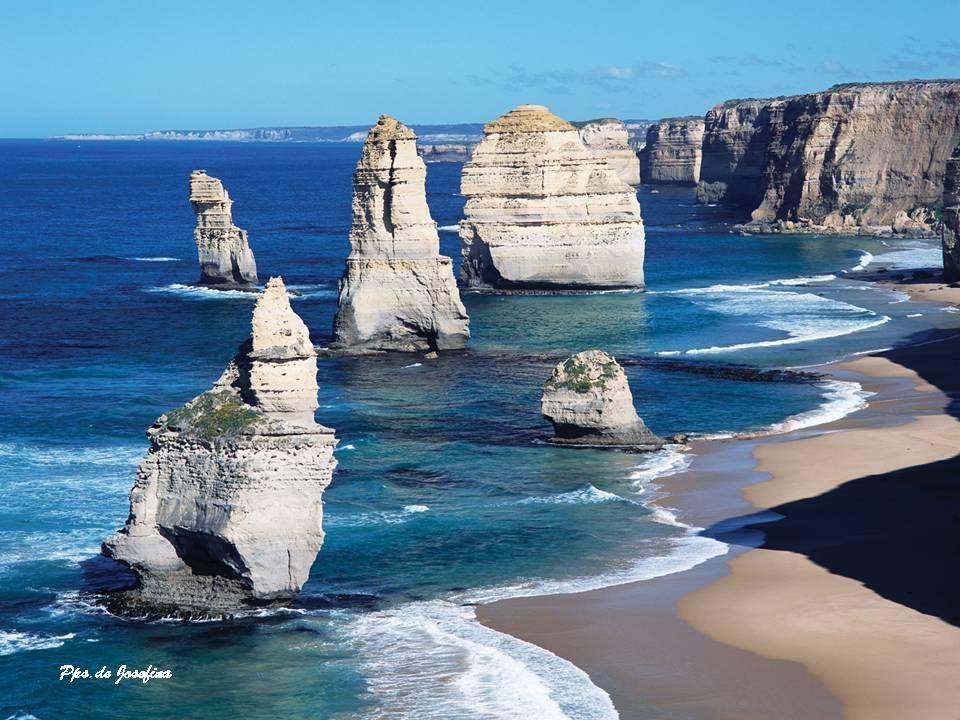PORT CAMPBELL Il Port Campbell National Park è un parco nazionale protetto a Victoria, in Australia, a 190 chilometri a sud-ovest di Melbourne. Caratt