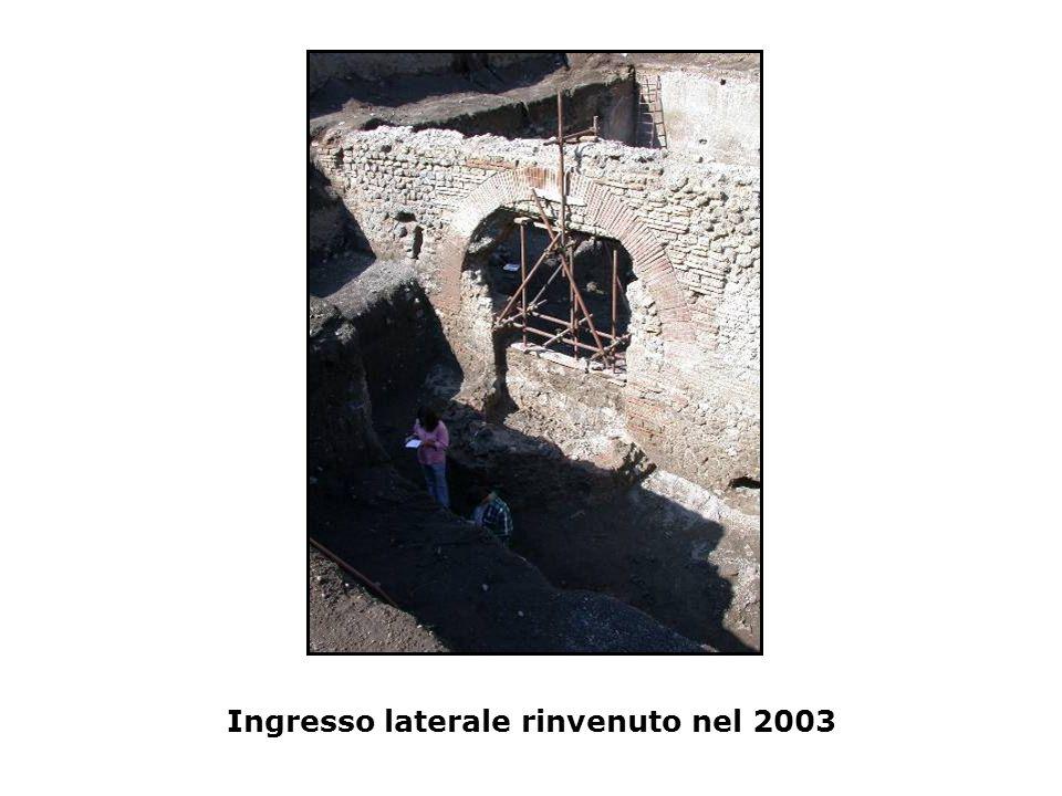 Ingresso laterale rinvenuto nel 2003