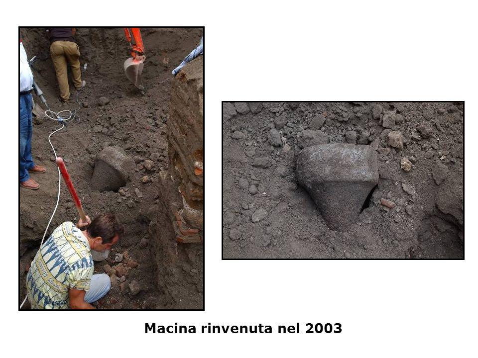 Macina rinvenuta nel 2003