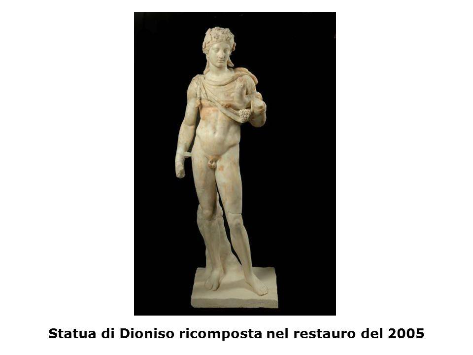 Statua di Dioniso ricomposta nel restauro del 2005