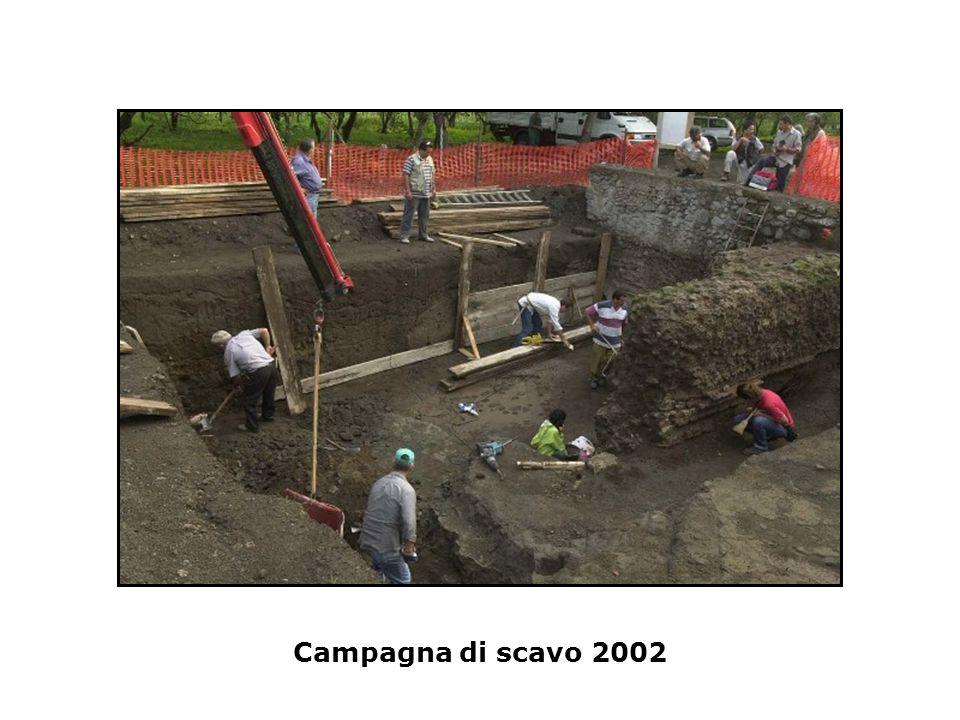 Colonnato rinvenuto nel 2004