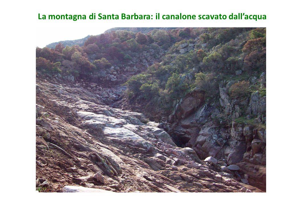 La montagna di Santa Barbara: il canalone scavato dall'acqua