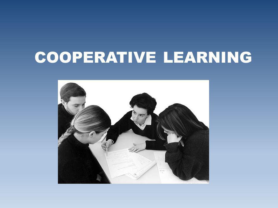 ….alcuni autori E un insieme di tecniche di classe nelle quali gli studenti lavorano in piccoli gruppi per attività di apprendimento e ricevono valutazioni in base ai risultati conseguiti .