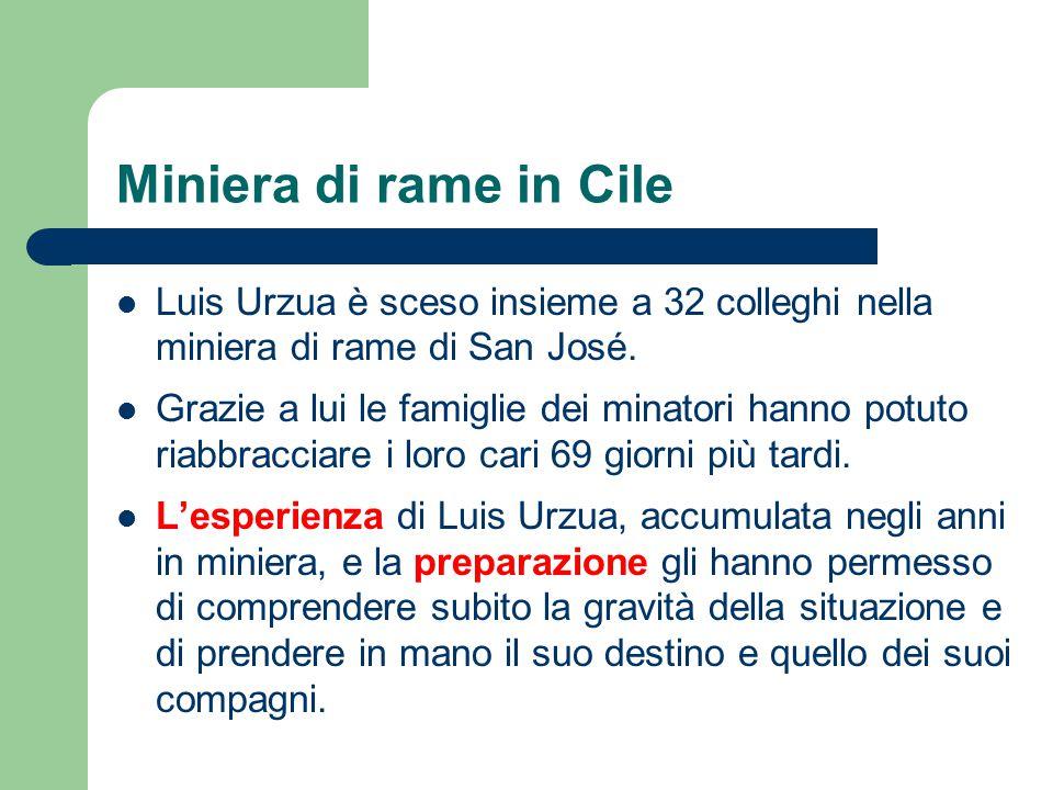 Miniera di rame in Cile Luis Urzua è sceso insieme a 32 colleghi nella miniera di rame di San José. Grazie a lui le famiglie dei minatori hanno potuto