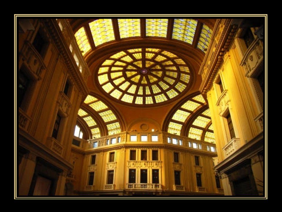 La Galleria Vittorio Emanuele III , opera insigne dell'Ing.
