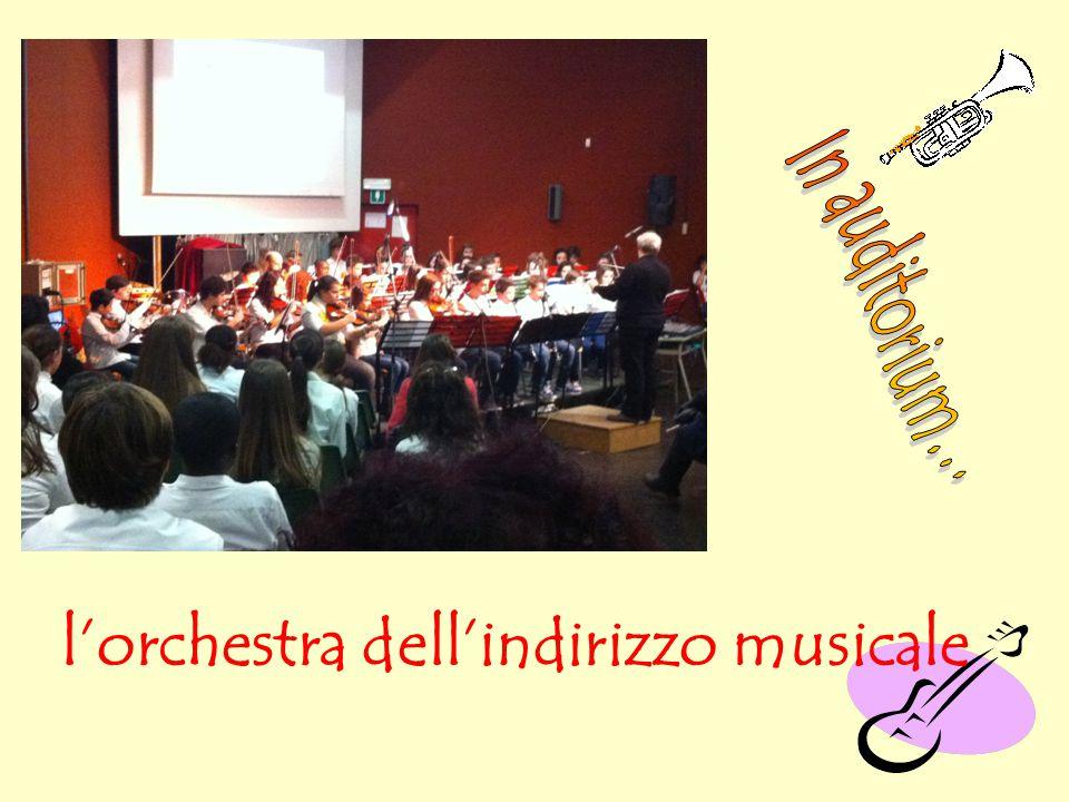 l'orchestra dell'indirizzo musicale