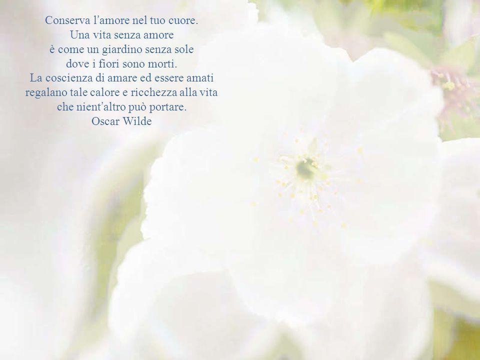 La vita è il fiore per il quale l'amore è miele Victor Hugo