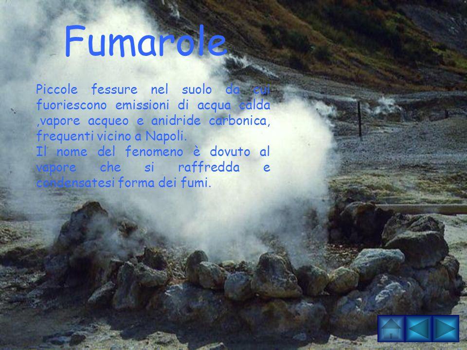 MOFETE Sono emissioni di anidride carbonica. Questo gas è più pesante dell'aria e perciò ristagna nello strato d'aria a diretto contatto con il suolo