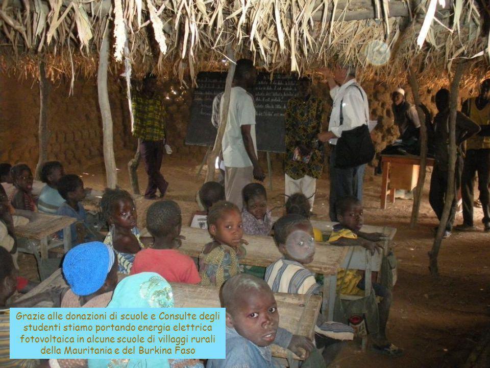 Grazie alle donazioni di scuole e Consulte degli studenti stiamo portando energia elettrica fotovoltaica in alcune scuole di villaggi rurali della Mau