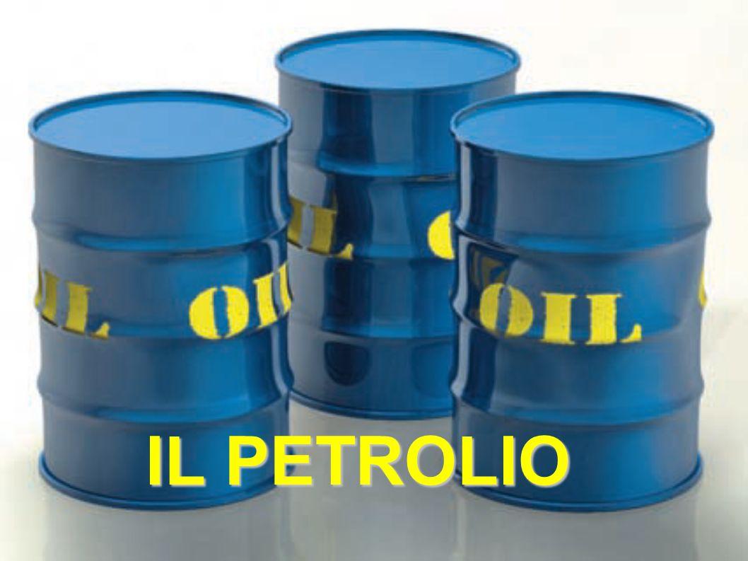 Il petrolio, ovvero «olio di pietra», è un liquido denso e oleoso, di colore variabile dal nero al giallo bruno, con peso specifico inferiore a quello dell'acqua (sulla quale galleggia).