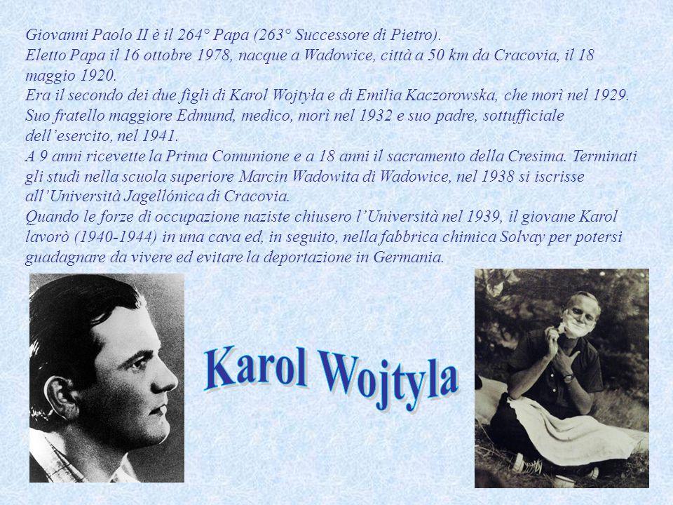 A partire dal 1942, sentendosi chiamato al sacerdozio, frequentò i corsi di formazione del seminario maggiore clandestino di Cracovia, diretto dall'Arcivescovo di Cracovia Adam Stefan Sapieha.