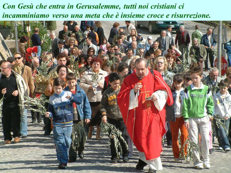 Come ai tempi di Gesù anche la nostra piccola comunità festeggia questo giorno solenne con il ramoscello d'ulivo in mano e cantando Osanna al figlio d