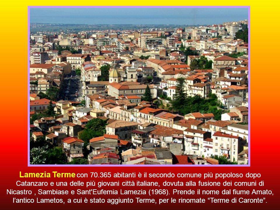Lasciamo l'Autostrada del Sole per raggiungere Lamezia Terme.