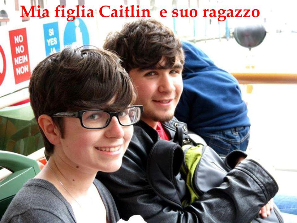 Ques Mia figlia Caitlin e suo ragazzo
