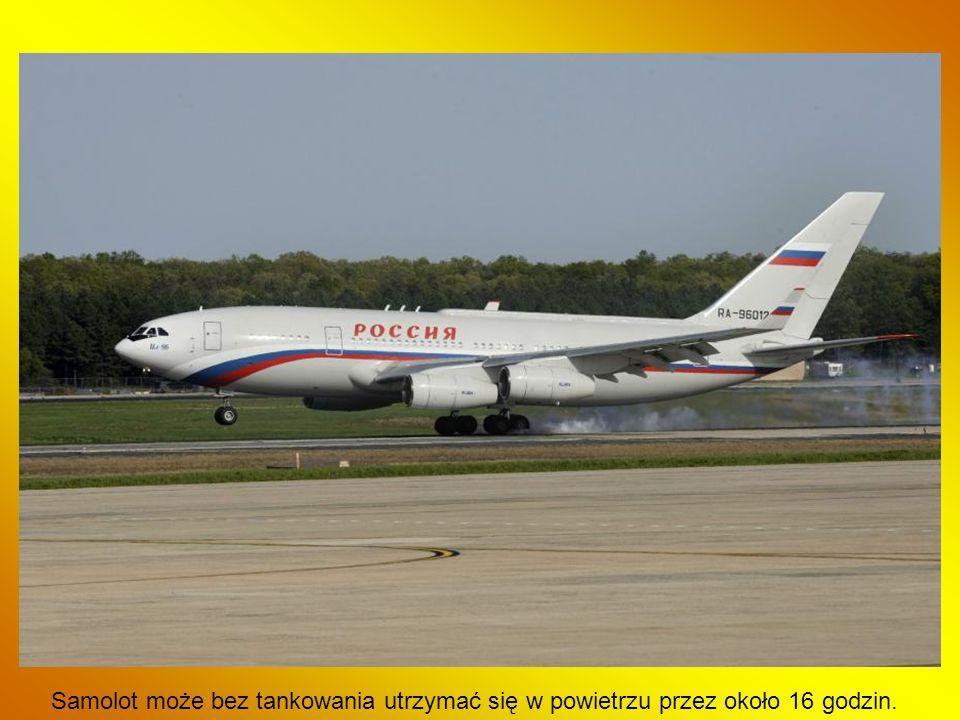 Samolot może bez tankowania utrzymać się w powietrzu przez około 16 godzin.