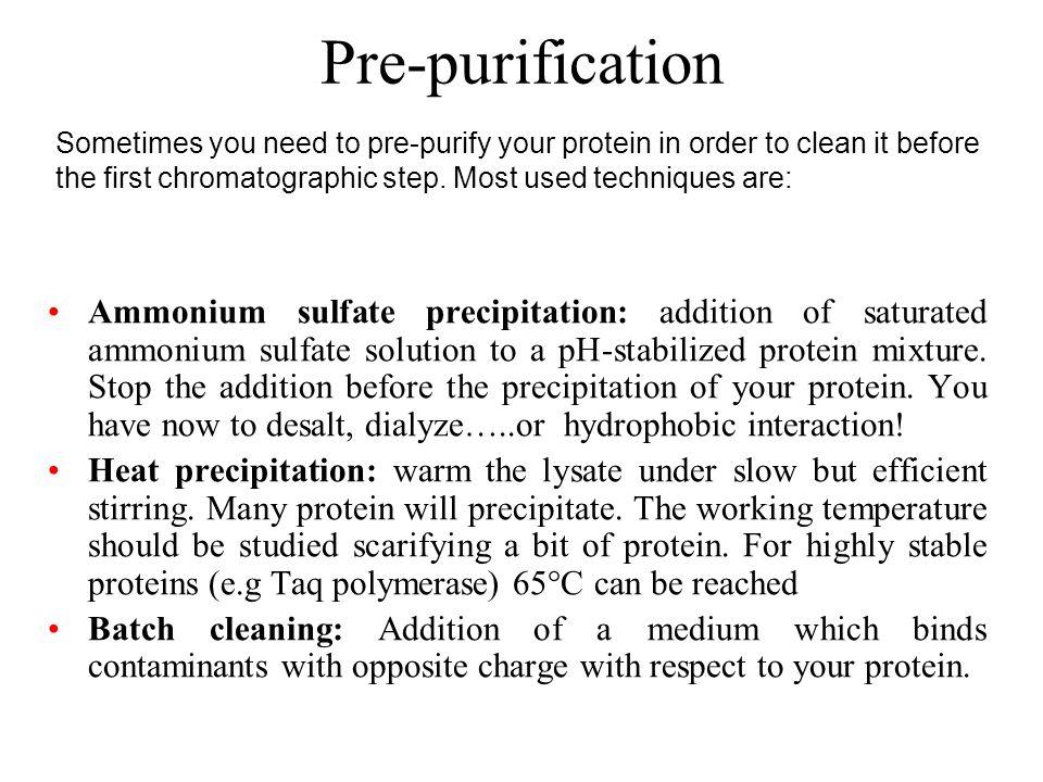 Solubilità di una proteina zona idrofobiche + + + + + + + + + + + - - - - - - - - La distribuzione dei residui idrofilici e idrofobici alla superficie è il fattore che determina la solubilità nei vari solventi La solubilità di una proteina nel solvente acquoso è il risultato di interazioni polari con il solvente, con gli ioni dei sali in soluzione e delle forze repulsive tra molecole cariche dello stesso segno