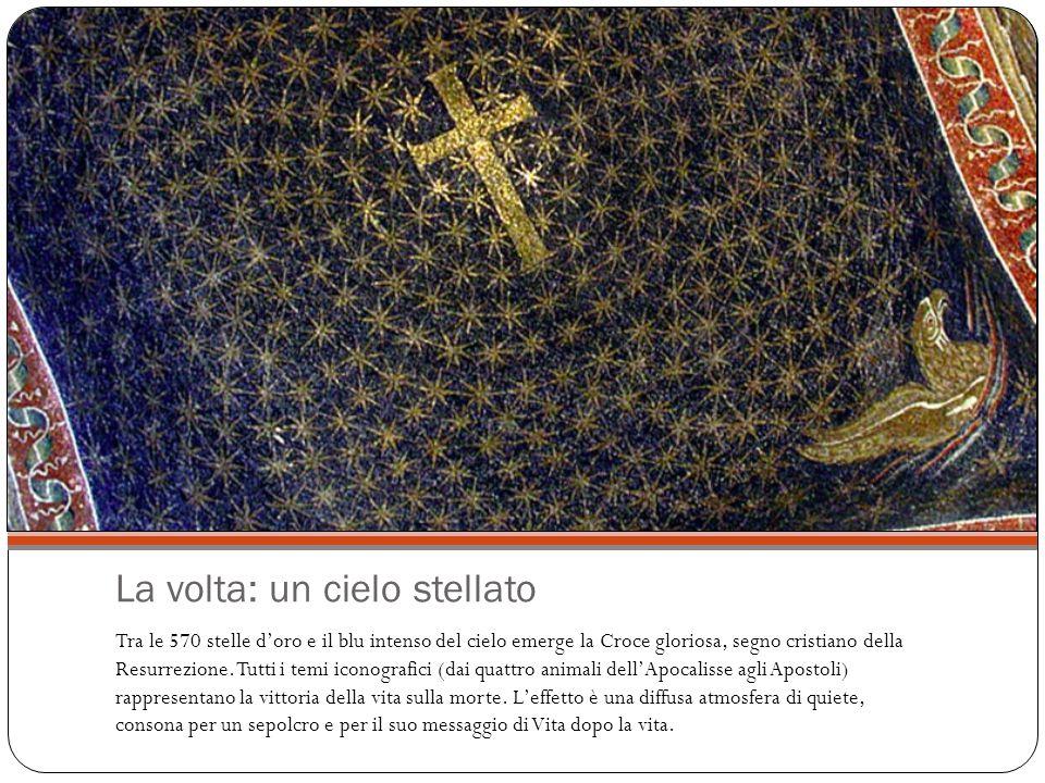 La volta: un cielo stellato Tra le 570 stelle d'oro e il blu intenso del cielo emerge la Croce gloriosa, segno cristiano della Resurrezione.