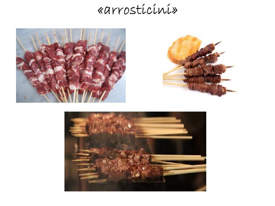 Specialities of Abruzzo's cuisine: «maccheroni alla chitarra», «timballo», «ravioli», «gnocchi», «anelli alla pecorara», «pasta alla mugnaia»