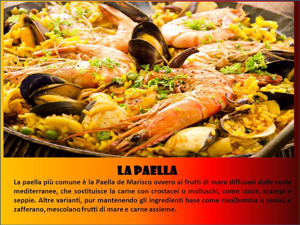 LA Paella La paella più comune è la Paella de Marisco ovvero ai frutti di mare diffusasi dalle coste mediterranee, che sostituisce la carne con crostacei o molluschi, come cozze, scampi e seppie.
