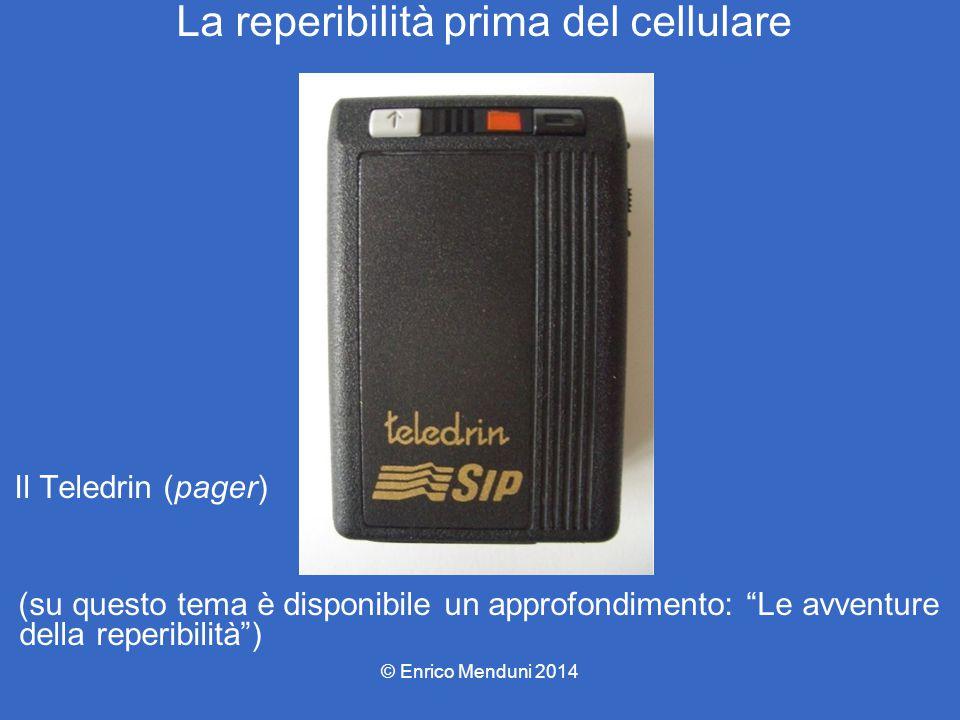 La telefonia cellulare Nel 1983 la Motorola lancia il primo telefono portatile di serie, il DynaTac 800: 3.995 dollari di prezzo, 800 grammi di peso, 35 minuti di autonomia, 10 ore di ricarica, soprannome il mattone (The brick).