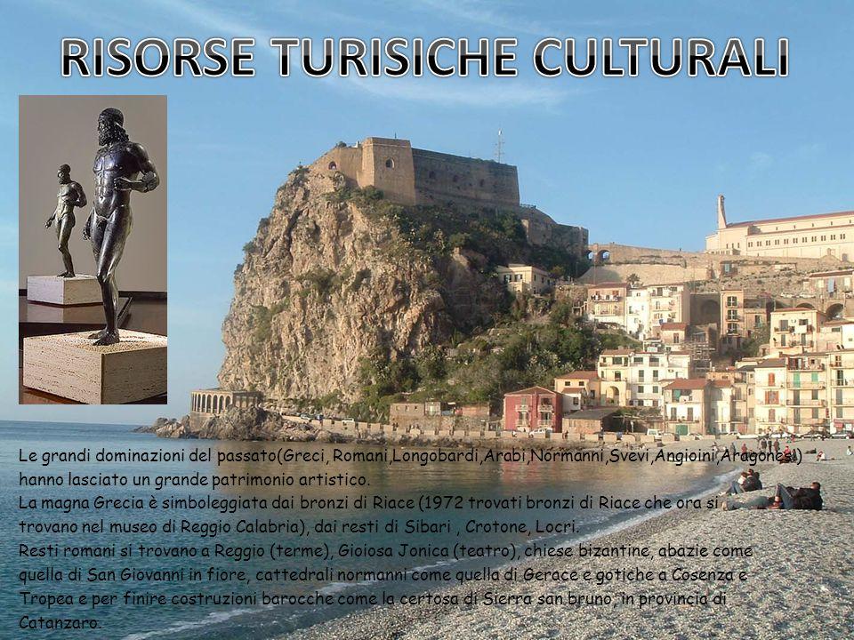 Le grandi dominazioni del passato(Greci, Romani,Longobardi,Arabi,Normanni,Svevi,Angioini,Aragonesi) hanno lasciato un grande patrimonio artistico.