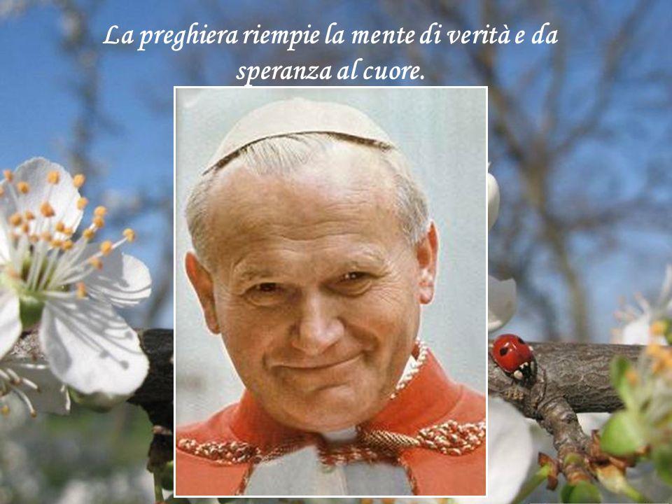 """""""Serenità è farsi portare dal Signore"""". 2 Aprile 2005, ore 21,37. Papa Giovanni Paolo II fa ritorno alla casa di Dio"""