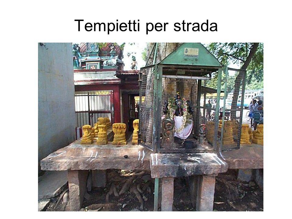 Tempietti per strada