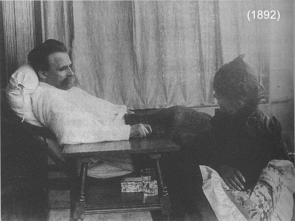 L'interpretazione dannunziana del pensiero di Nietzsche si può riassumere in due concetti pèrincipali: insofferenza verso la vita comune e normale della borghesia (superomismo) e vagheggiamento della vitalità immortale della bella morte eroica (antidecadentismo).