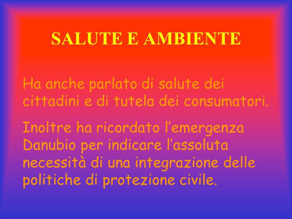 Integrazione dei popoli È all'interno di questo quadro che Prodi ha sottolineato la necessità di favorire l'integrazione degli immigrati per una convi