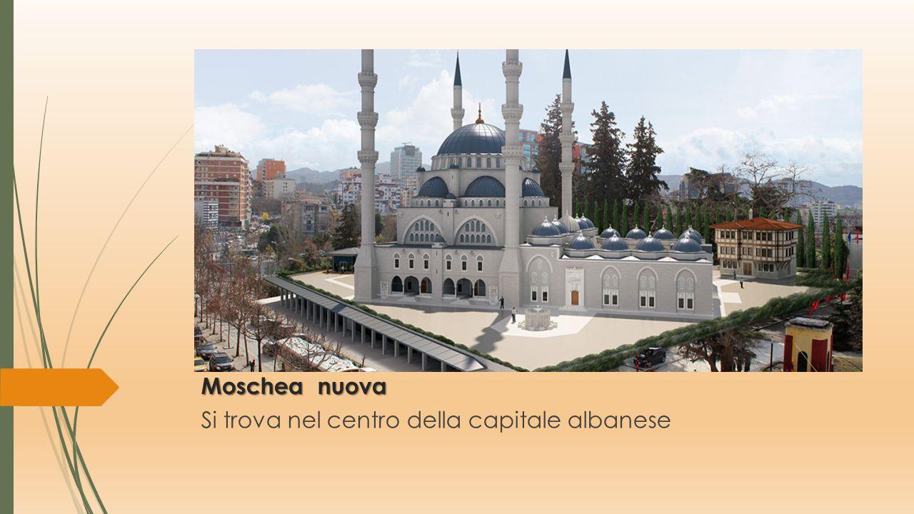 Cattedrale ortodossa della Resurrezione di Cristo Kryekisha Ngjallia e Kristhtit in albanese è la cattedrale arcidiocesi di Tirana e di tutta l'Albani